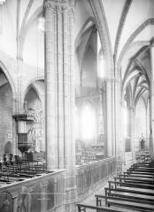 Eglise Saint-Victor-et-Sainte-Couronne - Choeur, bas-côté sud