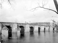 Vieux pont de Limay (également sur commune de Limay) - Vue d'ensemble