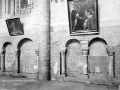 Eglise Saint-Jean de Montierneuf - Vue intérieure de la nef : Arcatures