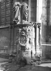 Eglise Saint-Maclou - Fontaine Saint-Maclou