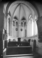 Ancienne église de Saint-Etienne-le-Vieux, actuellement magasin communal - Vue intérieure de la sacristie