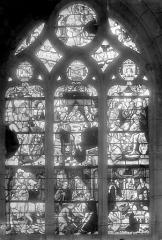 Eglise Saint-Nicolas - Vitrail : Fuite en Egypte, Jésus dans l'atelier de son père, Jésus et les docteurs, Entrée à Jérusalem, la Cène, le Lavement des pieds