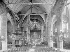 Eglise Saint-Sulpice - Vue intérieure de la nef vers le choeur