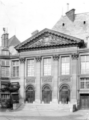 Palais de l'Institut (ancien collège des Quatre-Nations) - Façade sur cour