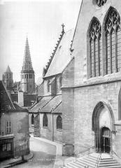 Eglise Saint-Jean - Façade sud : Transept et partie ouest