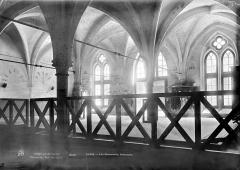 Ancien couvent des Bernardins - Réfectoire : Vue intérieure