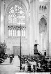 Cathédrale Saint-Etienne - Vue intérieure du transept sud