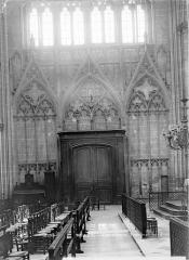 Cathédrale Saint-Etienne - Vue intérieure du transept nord