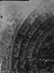 Cathédrale Notre-Dame - Portail droit de la façade sud : voussures, côté gauche