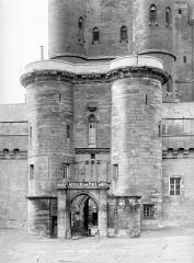 Château de Vincennes et ses abords - Entrée est, côté extérieur