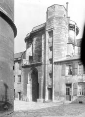 Château de Vincennes et ses abords - Entrée est, côté intérieur