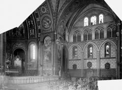 Cathédrale Saint-Caprais - Vue intérieure du choeur et du transept sud