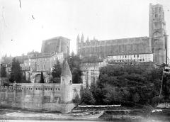 Cathédrale Sainte-Cécile - Ensemble nord et archevêché
