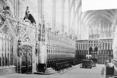 Cathédrale Sainte-Cécile - Vue intérieure du choeur, vers le sud-ouest : clôture et stalles