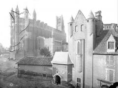Cathédrale Sainte-Cécile - Cour de l'archevêché et ensemble nord-est de la cathédrale