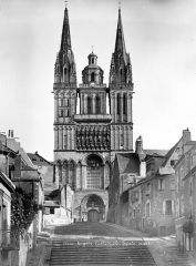 Cathédrale Saint-Maurice - Façade ouest