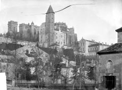 Cathédrale Sainte-Marie - Ensemble sud-est : vue prise du canal
