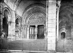 Cathédrale Saint-Lazare - Porche de la façade ouest : portail central