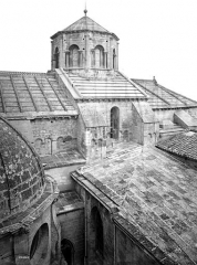 Cathédrale Notre-Dame-des-Doms - Façade sud : toitures de la partie est et coupole