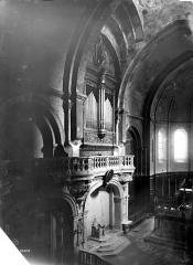 Cathédrale Notre-Dame-des-Doms - Vue intérieure du choeur, côté nord
