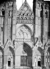 Cathédrale Notre-Dame - Façade ouest : partie centrale