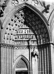 Cathédrale Notre-Dame - Portail nord de la façade ouest : Tympan