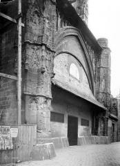 Cathédrale Notre-Dame - Porche
