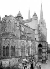 Cathédrale Notre-Dame - Angle nord-est