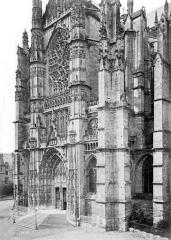 Cathédrale Saint-Pierre - Transept sud