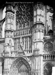 Cathédrale Saint-Pierre - Transept sud : partie supérieure