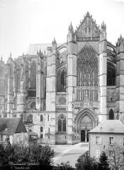 Cathédrale Saint-Pierre - Façade nord : transept