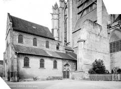 Cathédrale Saint-Pierre - Basse œuvre : vue d'ensemble côté est