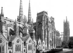 Cathédrale Saint-André - Façade sud : vue perspective vers l'est