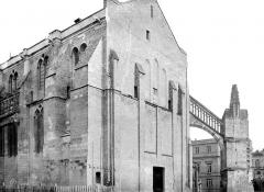 Cathédrale Saint-André - Façade ouest en perspective