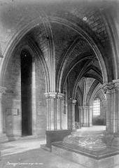 Cathédrale Saint-Etienne - Crypte, côté nord