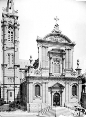 Cathédrale Notre-Dame de Grâce - Ensemble ouest