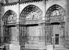 Cathédrale Notre-Dame - Portail de la façade ouest : ensemble