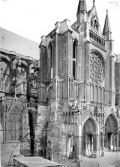 Cathédrale Notre-Dame - Façade sud : Transept