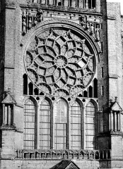 Cathédrale Notre-Dame - Façade nord : Transept (rosace)