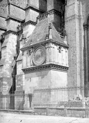 Cathédrale Notre-Dame - Pavillon de l'horloge