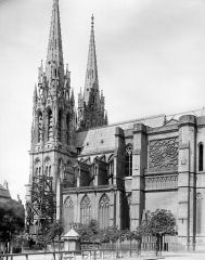Cathédrale Notre-Dame - Façade sud : Clocher et transept