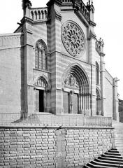 Cathédrale Saint-Jérôme - Façade ouest