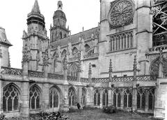 Cathédrale Notre-Dame - Façade sud et cloître