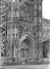 Cathédrale Notre-Dame - Portail du transept nord