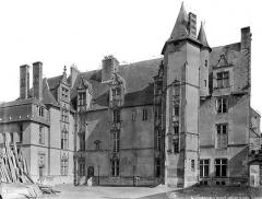 Cathédrale Notre-Dame - Evêché : vue d'ensemble côté cour