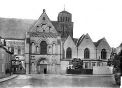 Cathédrale de la Trinité - Façade sud