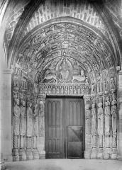 Cathédrale Saint-Julien - Portail de la façade sud