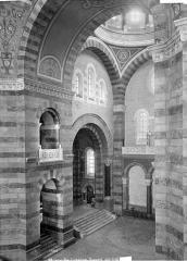 Cathédrale Sainte-Marie-Majeure, dite Nouvelle Major - Vue intérieure du transept est