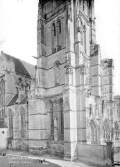 Cathédrale Saint-Etienne - Angle nord-ouest
