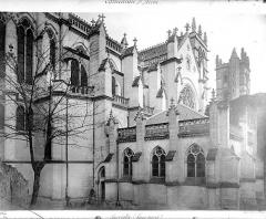 Cathédrale Saint-Pierre - Façade nord : sacristie